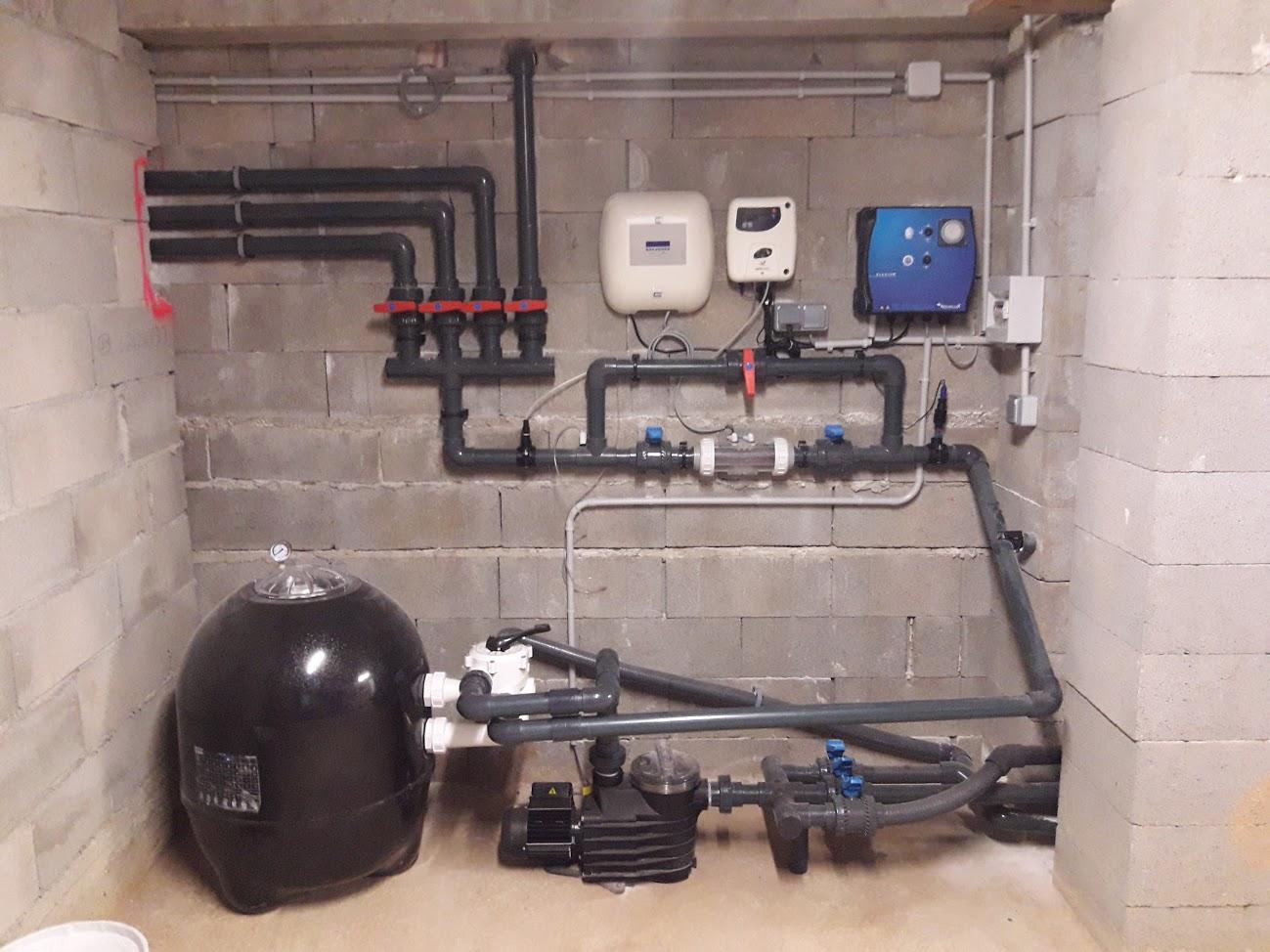 Racordement-du-système-filtration-pour-piscine-à-débordement Pompes de piscine